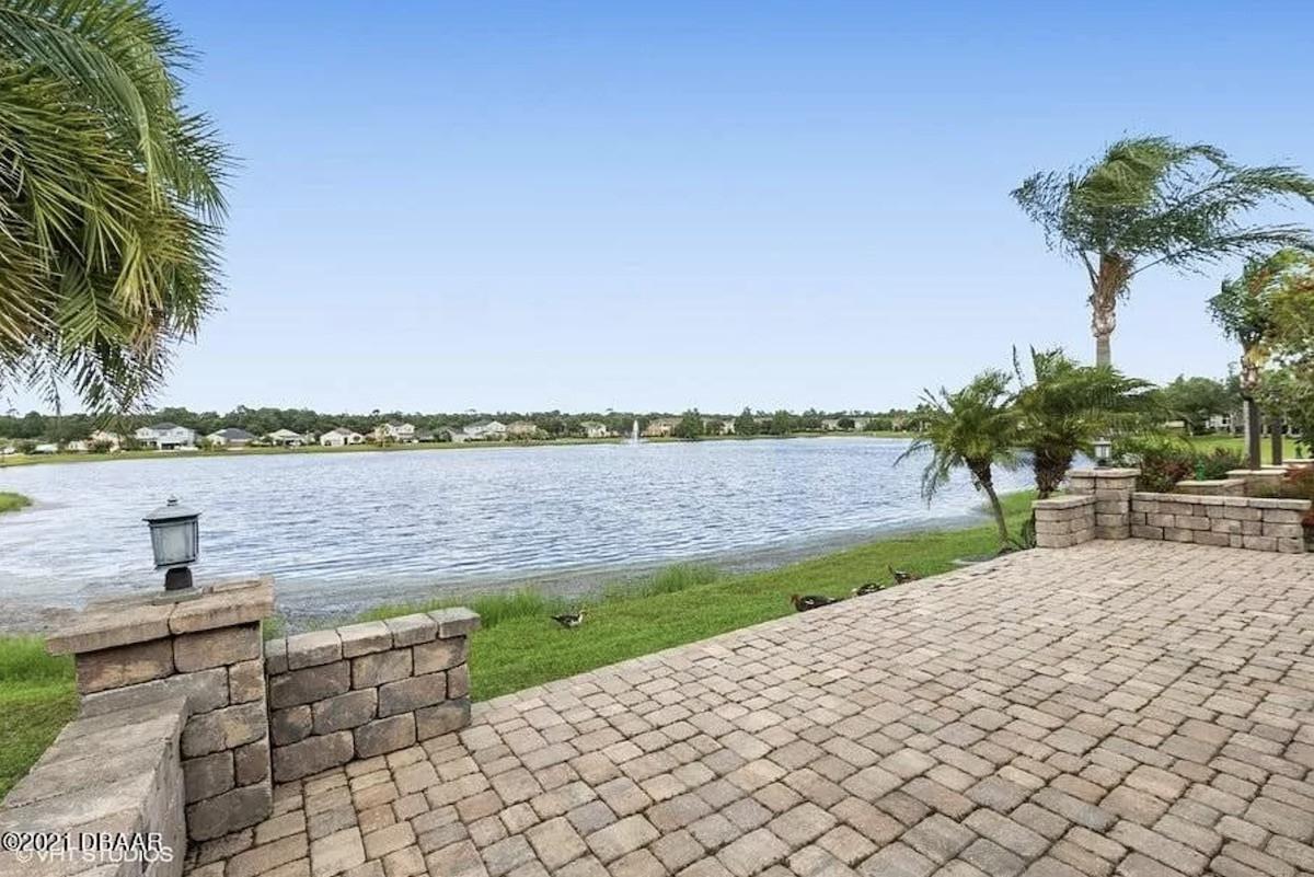 Daytona Beach Home for Sale Lakefront
